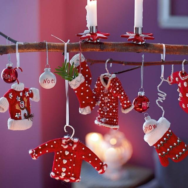 déco noël idée originale etoiles vetement rouges - Noël
